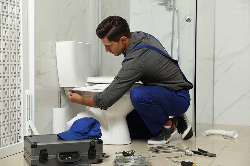 Hardy Plumbing toilet installation